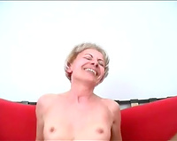 Amazing FFM dick-sharing act with two hawt golden-haired mommys