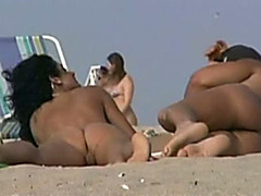 Amateur couple banging on a naked beach acquires caught on my hidden cam