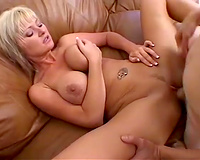 Bosomy blond wishes her paramour to give her trimmed cookie a admirable workout
