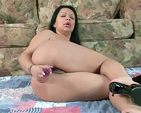 Chubby Latina groans with enjoyment while fucking her love tunnel with a toy