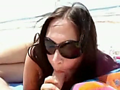 Awesome oral-sex from my Italian milf girlfriend on the beach