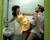 Slutty college student bonks her teacher in the crapper
