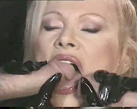 White gals see dark doxy have double penetration