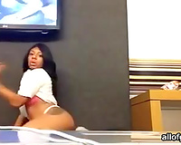 Attractive ebony gal in gray socks knows how to move her thighs seductively