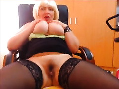 Amazingly curvy office bitch puts on a great webcam show