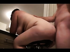 Fucking my obese lover's arse from behind in the kitchen