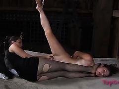 Horny mistress craves to show her serf what facesitting is all about