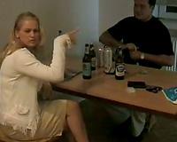 Amateur golden-haired girlfriend receives her zeppelins and wet crack sucked