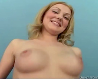 Long legged horny white wife stars in interracial 3some