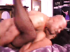 Black wench loved to acquire her constricted vagina gangbanged hard