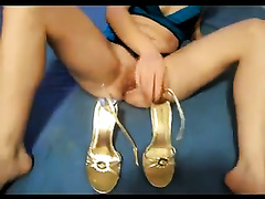 Drunk golden-haired lewd doxy used her shoe heel to ream her slit