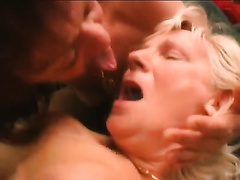 Two aged hoes get their cookies gangbanged unfathomable in FFM video