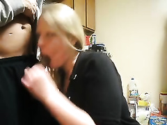 Everyone likes blondes and this blondie knows how to give oral-service sex