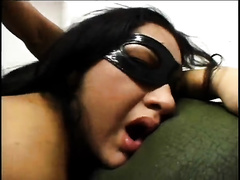 Flamboyant dark brown princess receives her the one and the other holes brutally drilled