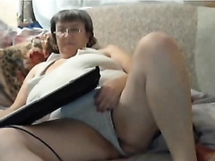 Webcam solo with olf big beautiful woman Stephany fingering her slit