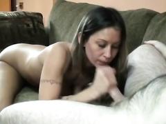Playful brunette hair slutwife with good milk cans enjoys giving head