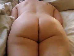 My bulky short-haired horny white wife masturbates her love tunnel indoors