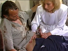 Horny and immodest slut with worthy gazoo gives cook jerking