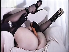 Hot solo episode with my wife fucking her cunt with a carrot