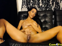 Naughty Busty Babe Makes her Pussy Wet
