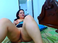 Busty and soaked lalin girl milf blowing my mind on webcam