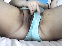 My bulky white white bitch fingering herself on her self made episode