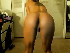 Stunning ebon web camera skank masturbates with a sex tool
