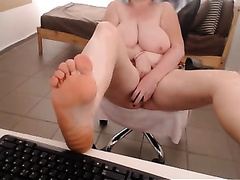 Foot fetish web camera movie scene with a bulky older skank