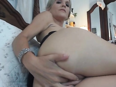 Awesome pussy-toying act with a sizzling fake-boobed mommy