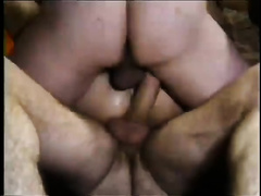 Sex-starved bitch tries double penetration for the first time