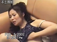 Sex-starved Chinese strumpet likes teasing her bawdy cleft on camera